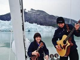 """Impromptu rooftop concert in Glacier Bay #Alaska? You bet! http://www.un-cruise.com/blog-music-view-112014 … "" @UnCruise"