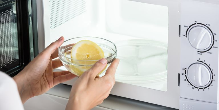The Easiest Way To Clean A Microwave Oven Limpiar El Microondas Como Limpiar El Microondas Limpiar Microondas