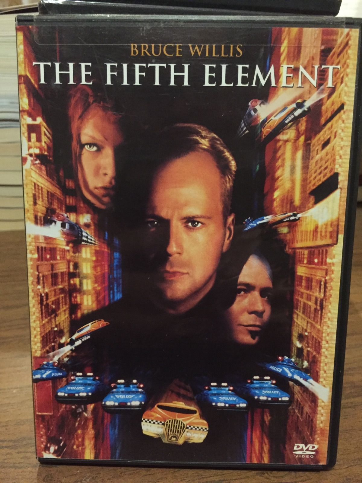 BRUCE WILLIS THE FIFTH ELEMENT Cd VIDEO BRUCE WILLIS THE FIFTH ELEMENT Cd VIDEO   https://nemb.ly/p/B131KwpHl