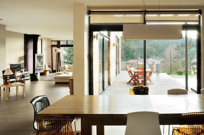Intérieur lumineux et extérieur d\'une maison moderne | home sweet ...