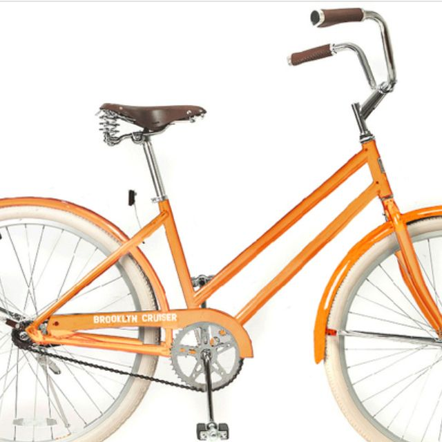 My new bike.....a Brooklyn Cruiser Dutch!!!! I can't wait to take her out for a ride!!!