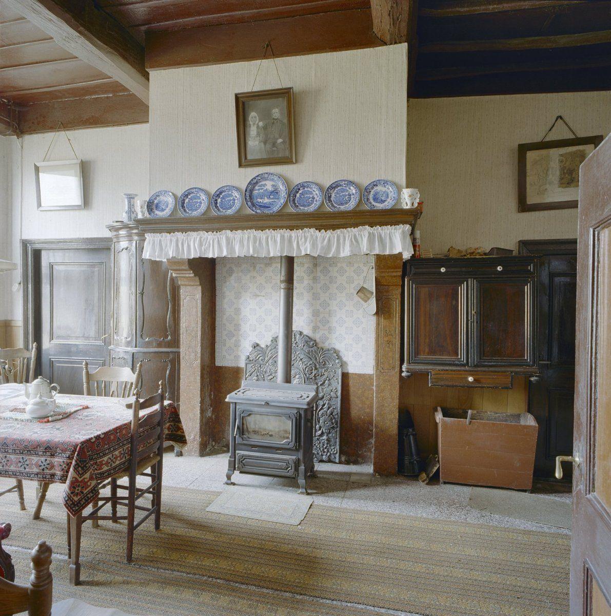 interieur voorhuis oude keuken Winterswijk  BOERDERIJEN