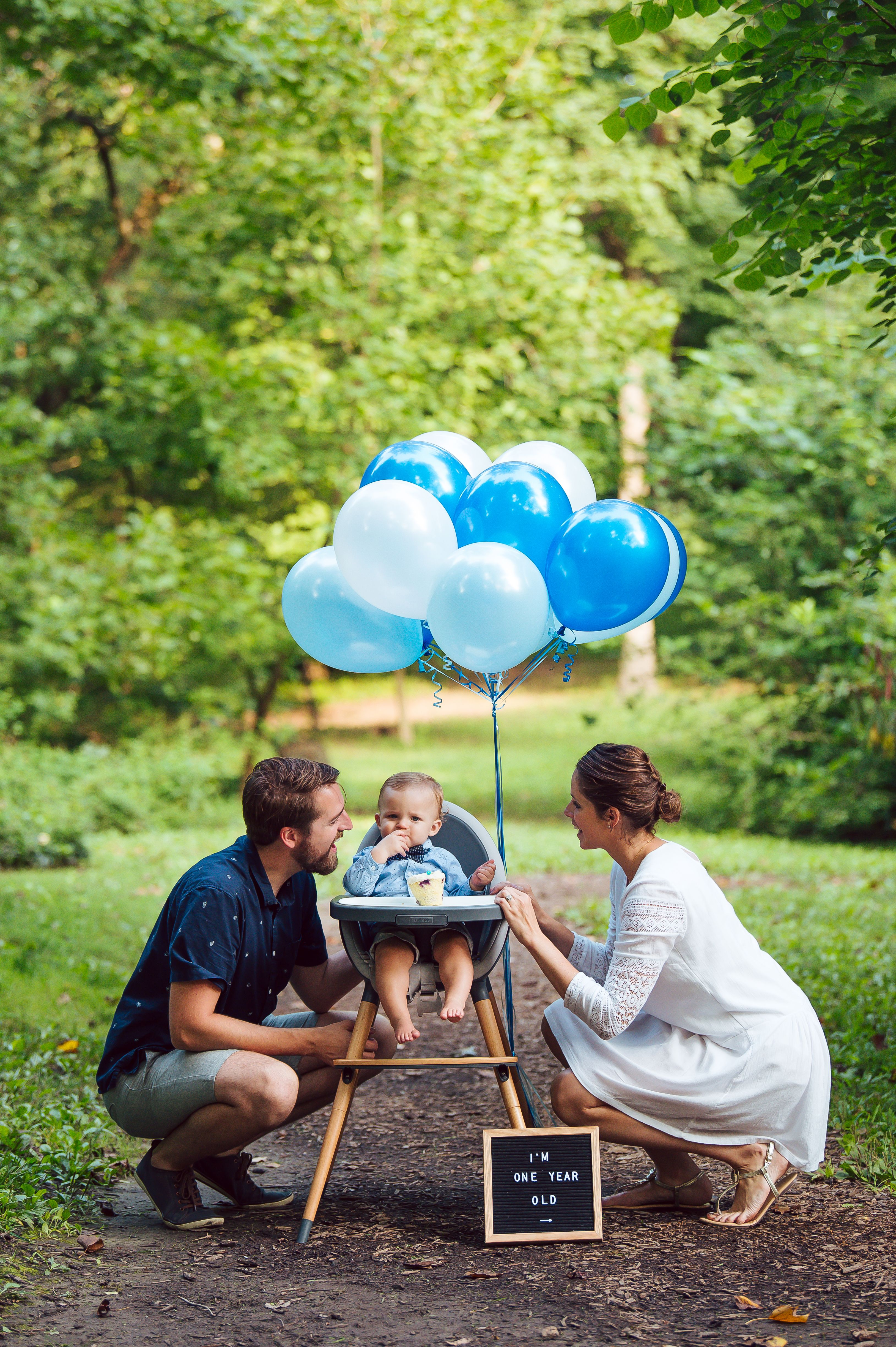 Baby Boy First Birthday Pictures With Parents Photo Bebe Idee