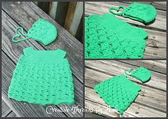 Quick and cute infant dress perfect for a gift or just because for the little darling in your life.