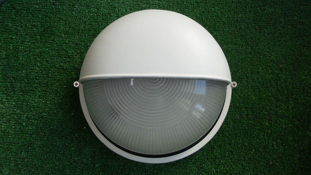 Plafoniera Da Esterno Palpebra : Plafoniera tonda a parete con palpebra e27 vetro e alluminio bianca