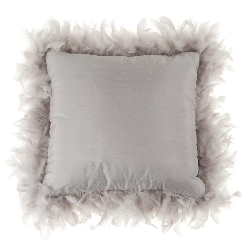 Decorative Pillows Feather : feather boa + pillow = fabulous Decorating Ideas Pinterest Feather boas, Pillows and ...