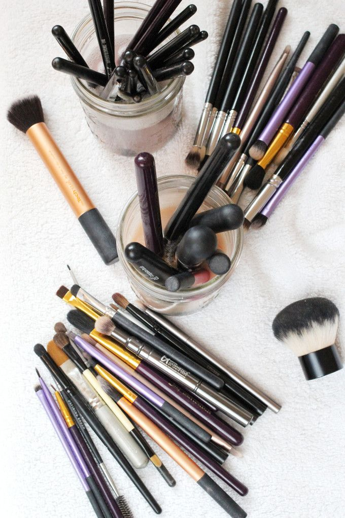 3 Easy Ways To Get Your Makeup Brushes Squeaky Clean How
