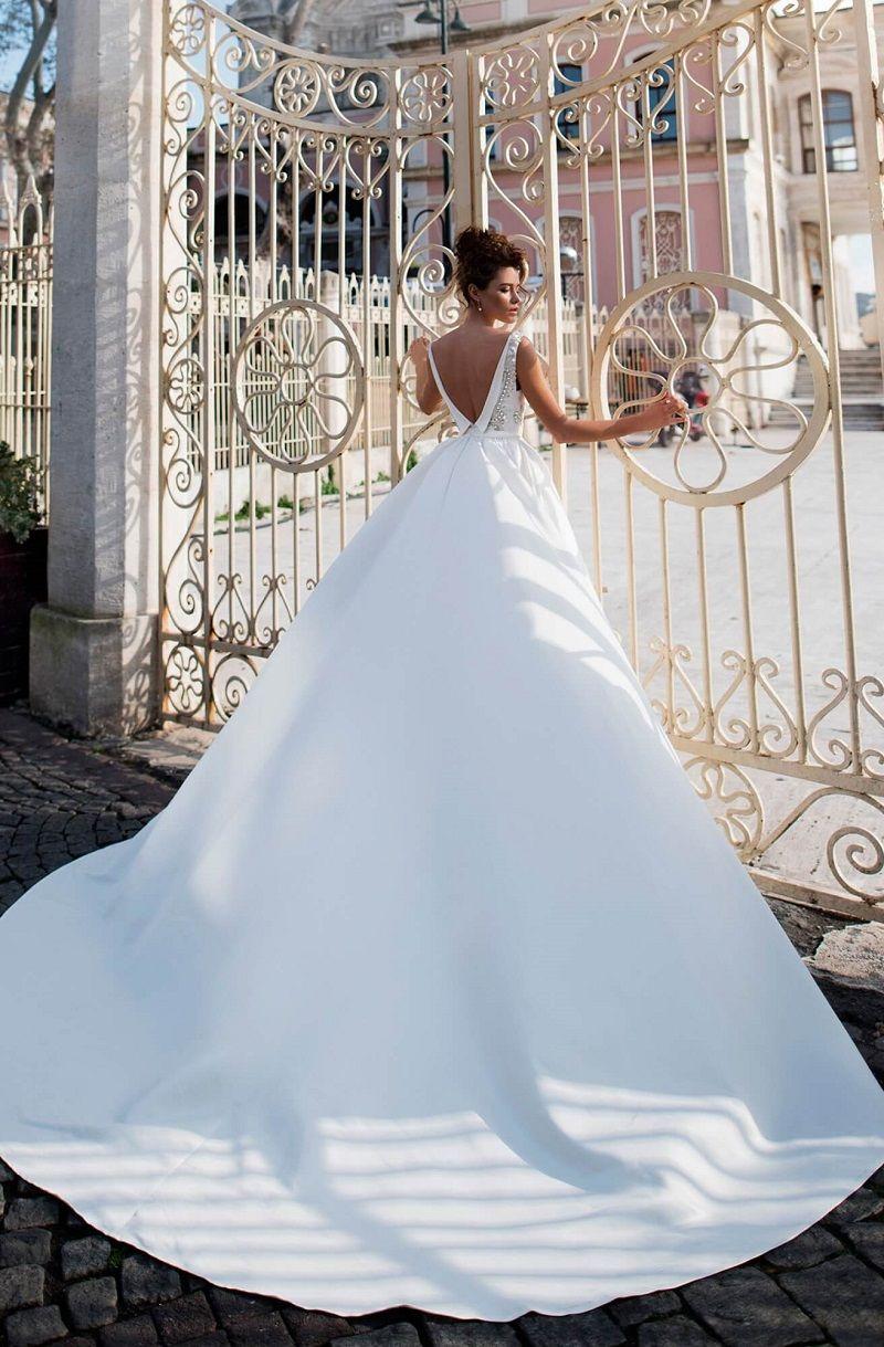 Sleeveless v neck embellishment deep open back simple ball gown wedding dress #weddingdress #ballgown #weddinggown #bridedress #bridalgown