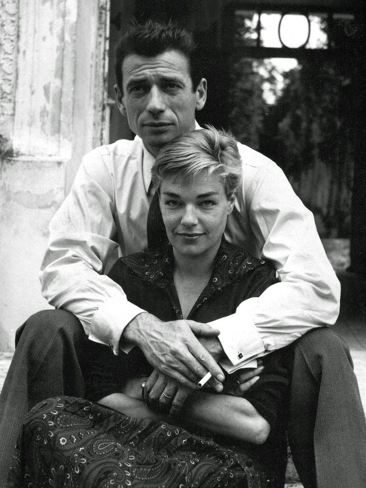 Yves Montand et Simone Signoret Married in 1951 until her death in 1985. 34 years, both great actors