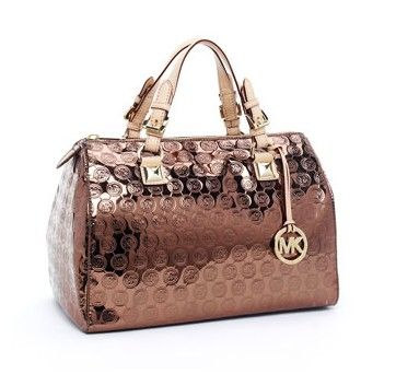 Michael Kors mirror bag...mmmm  3658c131ae022