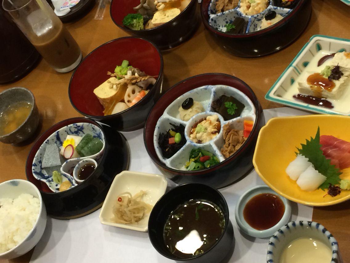 豆腐懐石 壷三段