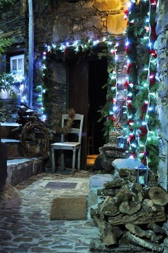 A very special Christmas traditional has begun in a small village in the Serra da Estrela mountains in central Portugal. Residents of the sc...