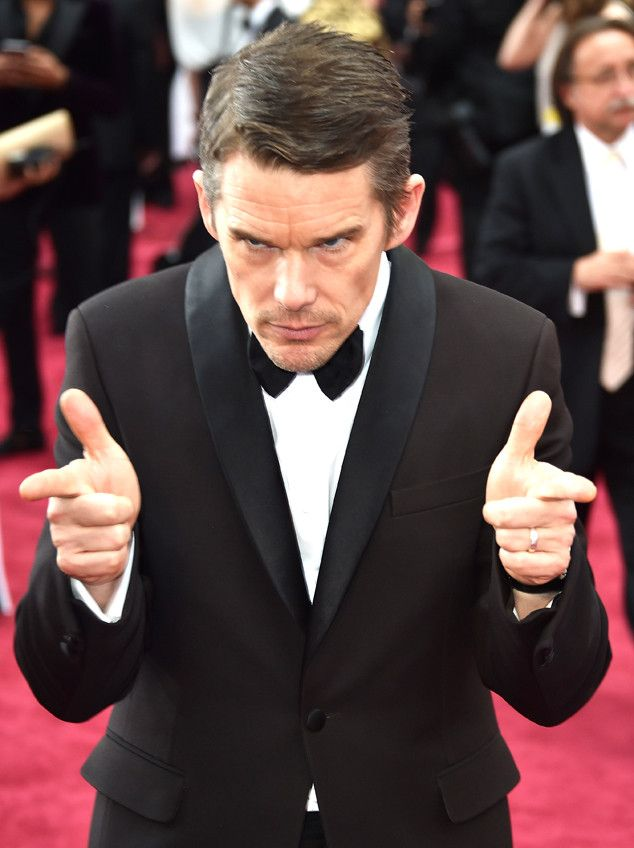 Ethan Hawke from 2015 Oscars: Candid Pics! | E! Online