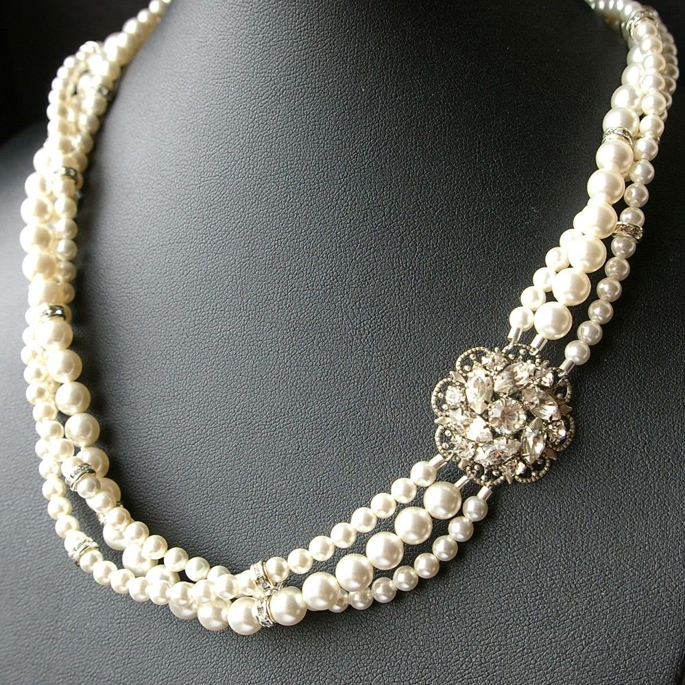 Vintage Bridal Jewelry Necklace Twisted Pearl Ivory White Rhinestone Flower
