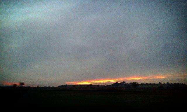 #winter #now#winternight #wintertime #wintercolors #instawinter #sunset #sunsetlovers #godnatt #bonnenuit #buenasnoches #hyvääyötä #goodnight #skyporn #instasky #sunlovers #clouds #cloudporn #landscape #landscape_lovers #immensity #naturelovers #nature by avag73