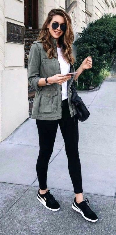 27 Casual Outfits With Black Legging To Copy Now