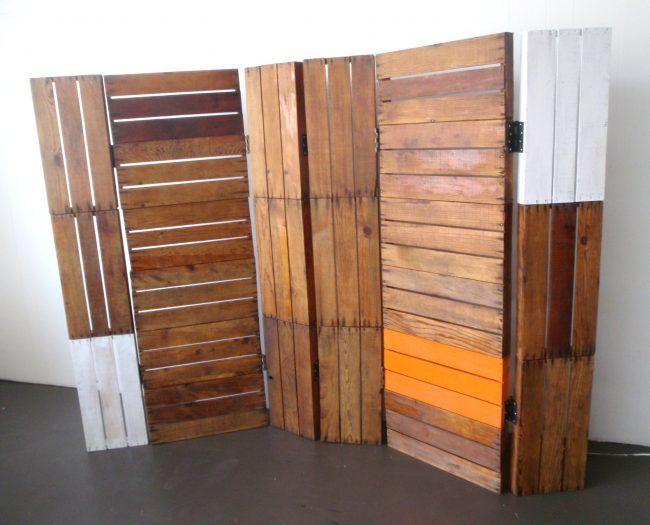 möbel aus holzpaletten raumteiler idee bretter deko | deko ideen, Hause deko