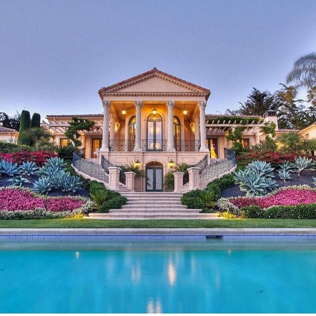 """Wow! What a luxurious home tagged by @harcourtspremier"""