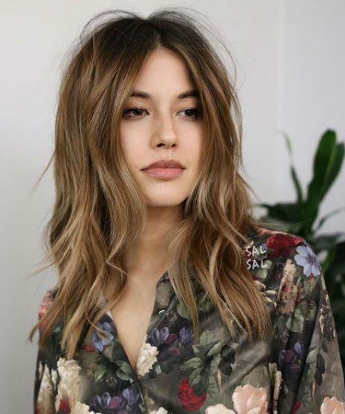 Most Admired and Fresh Mid Length Wavy Hairstyles to Look Glamorous in 2019   Messy Hairstyle