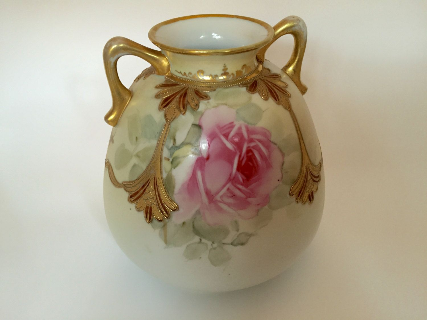 Antique nippon double handle vase hand painted with gold moriage antique nippon double handle vase hand painted with gold moriage accent by jfrmre on etsy antique nippon vase double handle hand painted roses and gold reviewsmspy