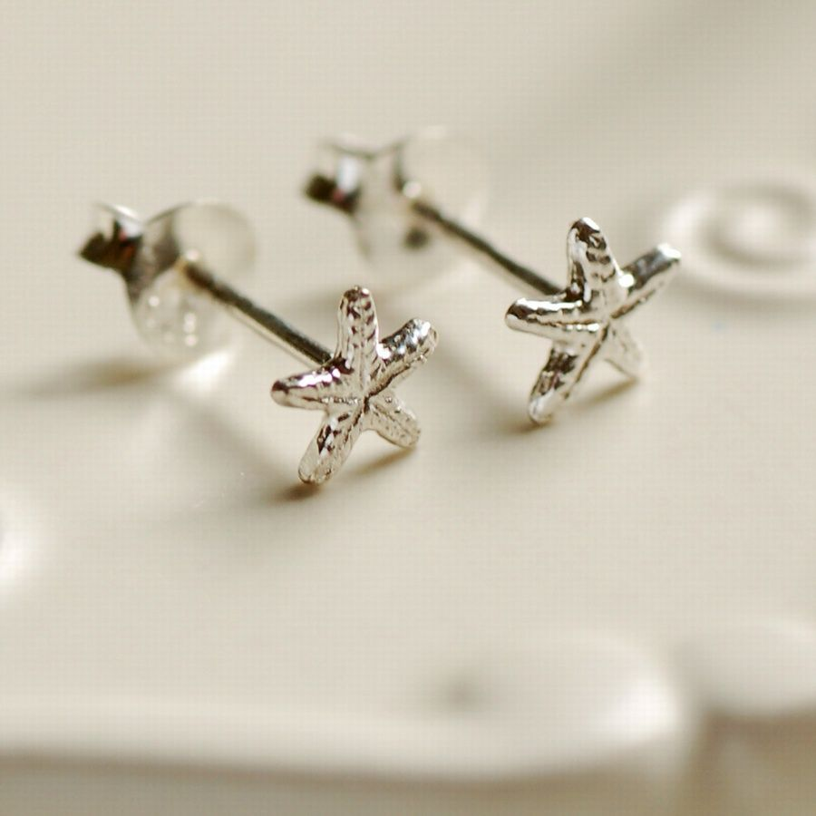 Tiny Starfish Stud Earrings 7 00 Sterling Silver Engraved Jewellery Personalised Mens Womens Gifts Online Uk