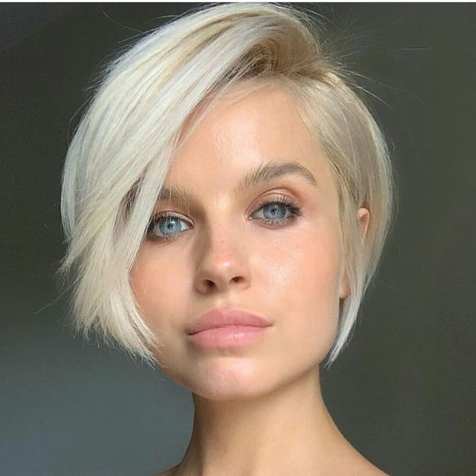 Platinum blonde tones and icy blue silver hair styles   Short ...