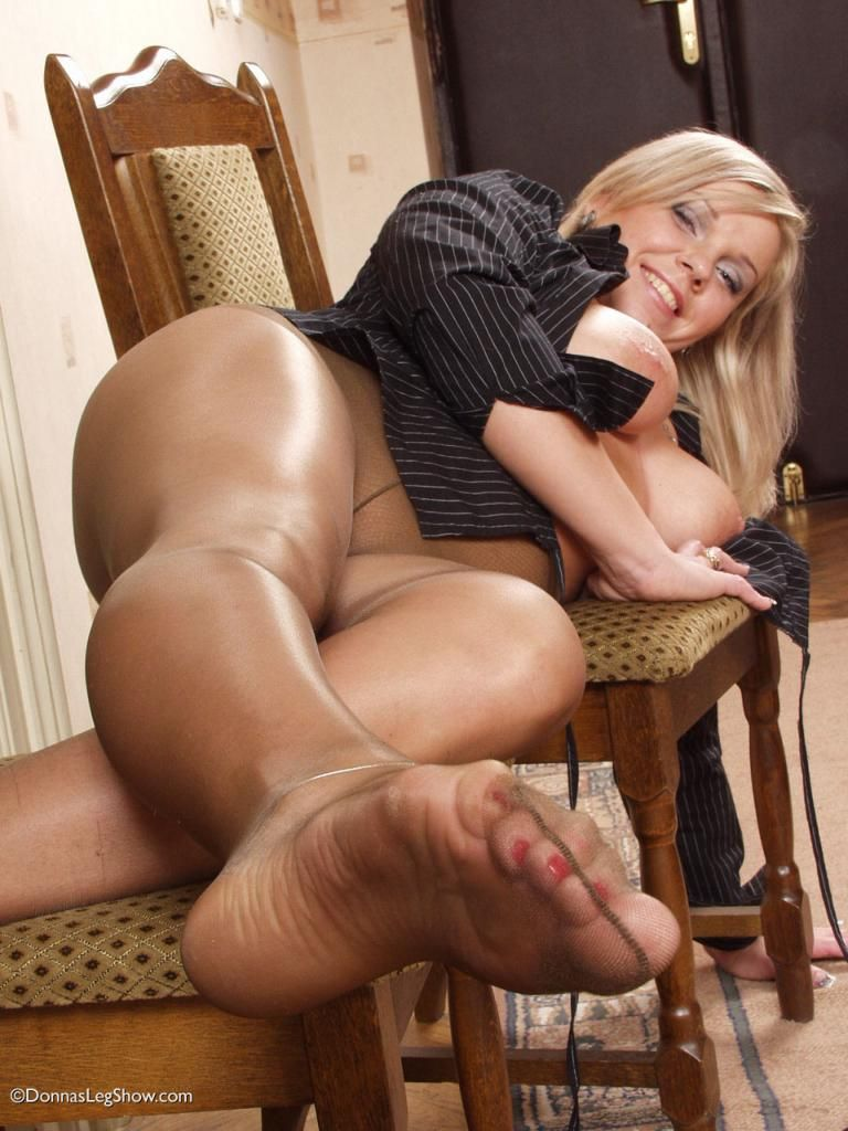 to-legs-pantyhose-sex-foot-indian-aged-women-nude