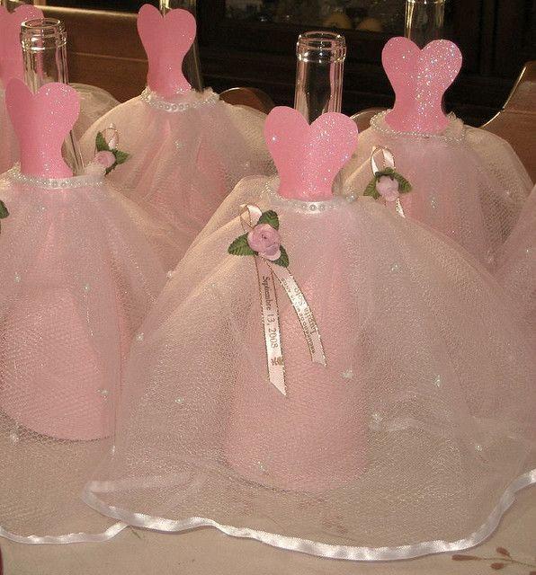 Dressed bottle centerpieces diy dress centerpieces and - Como decorar copas de cristal ...