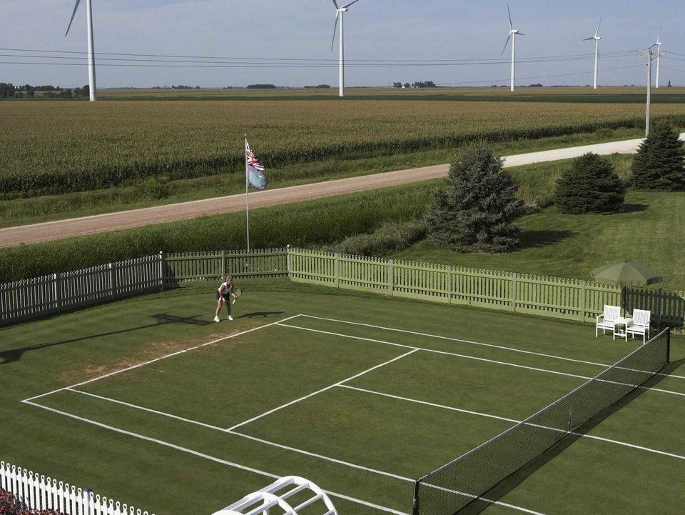 20 stunning tennis courts to play in your lifetime (With