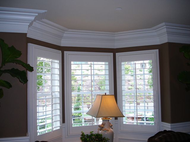 Best 25 Molding Around Windows Ideas On Pinterest