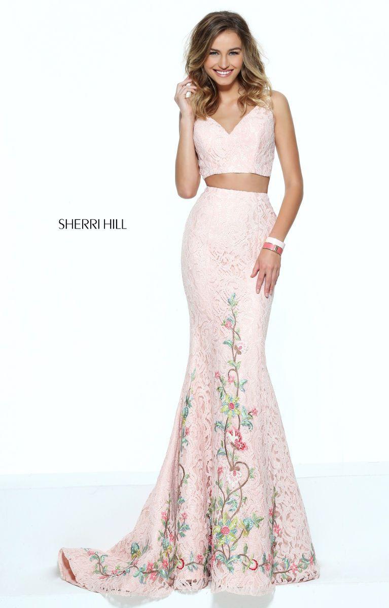 Soooo wunschbar feminin: Sherri Hill Abendkleid in lang aus der