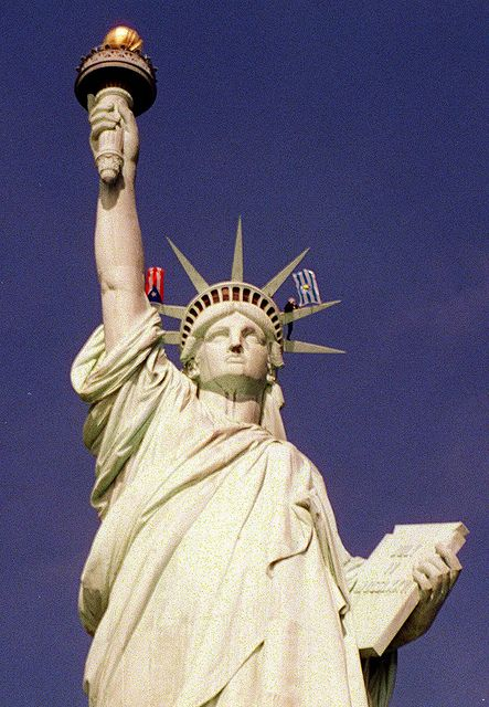 Satatue Of Liberty With Puartarican Flag Tattoo: VIEQUES STATUE OF LIBERTY By Multimediaimpre, Via Flickr