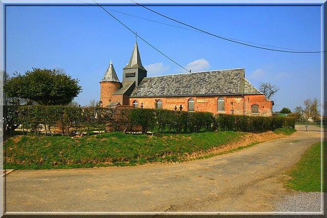 Froidestrées - Aisne - L'église semble avoir été construite durant les Guerres de religion.