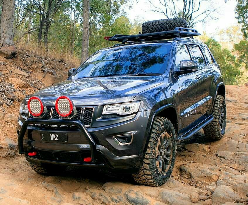 Pin By Maddie Aumiller On Cars Jeep Trailhawk Lifted Jeep