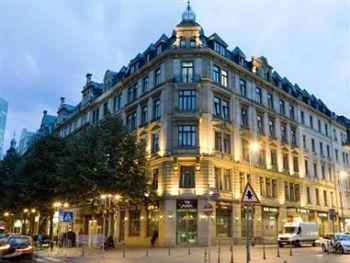 Victoria Hotel Frankfurt Germany A Stay At Places You In