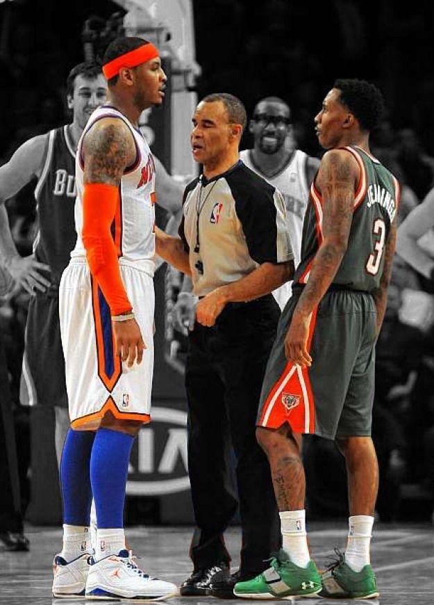 FULL GAME! New York Knicks vs. Milwaukee Bucks on www.nbadunks.org