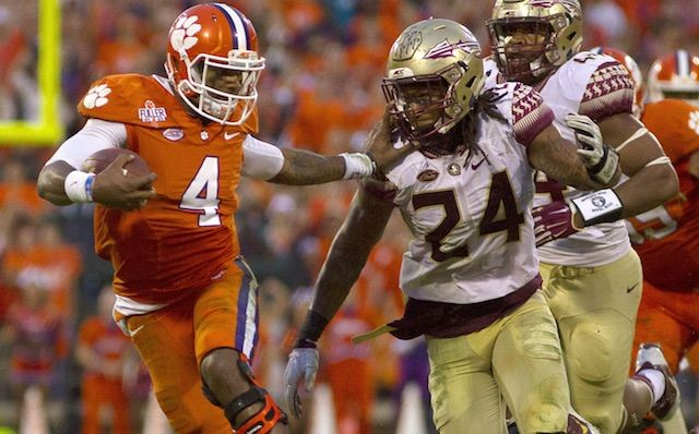 Ap Top 25 Poll Clemson Overtakes Ohio State For No 1 Spot Ncaa Football College Football Rivalry