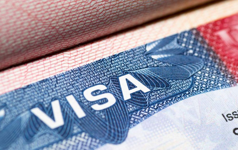 Greece and Four Other EU Countries May Lose Visa-free Travel to the US