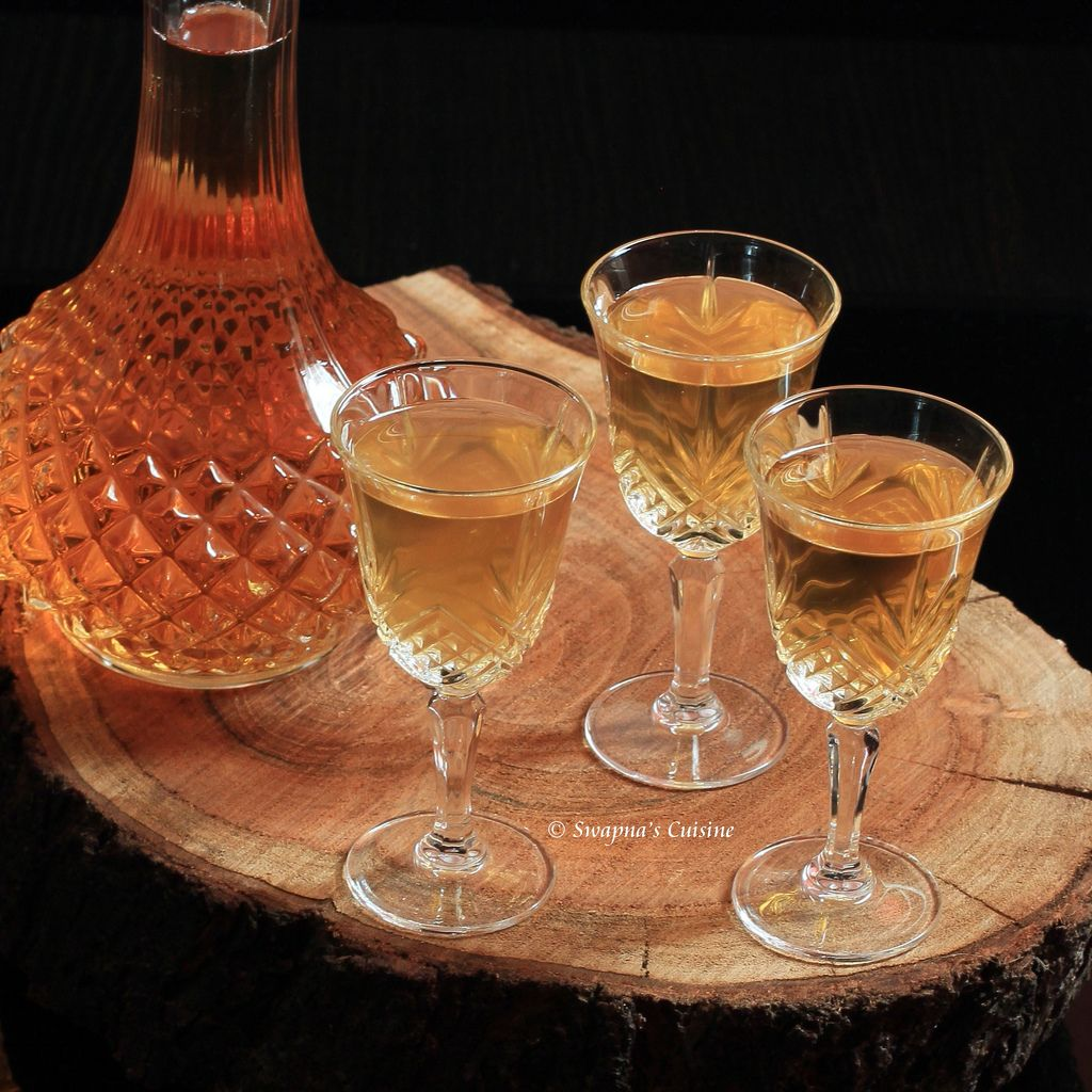 Wine from raisins at home: recipe 9