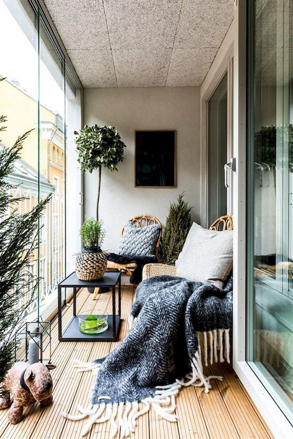 16 Dreamy Winter Balcony Design Ideas That You Need To Try in 16