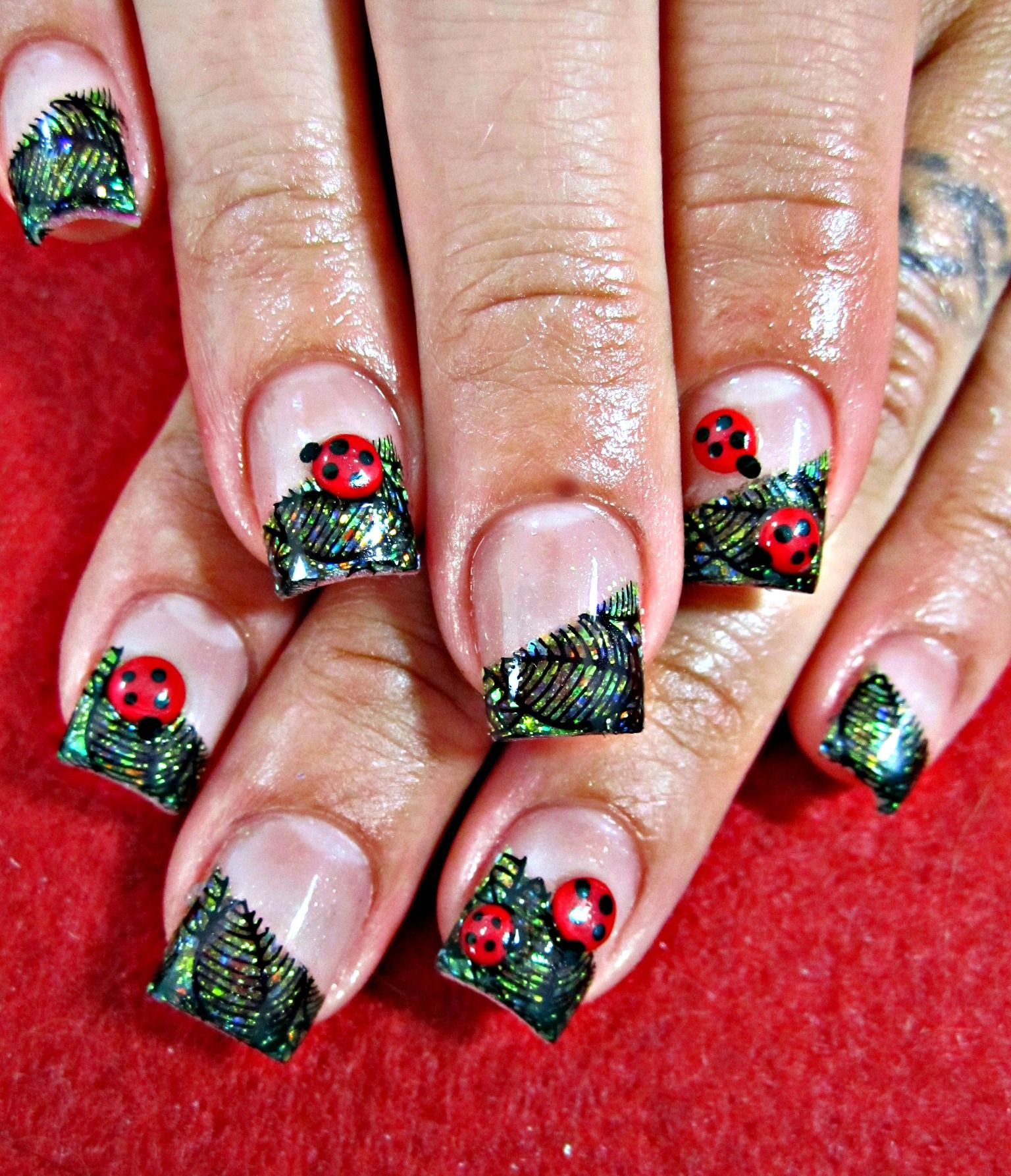 lady bug acrylic nails