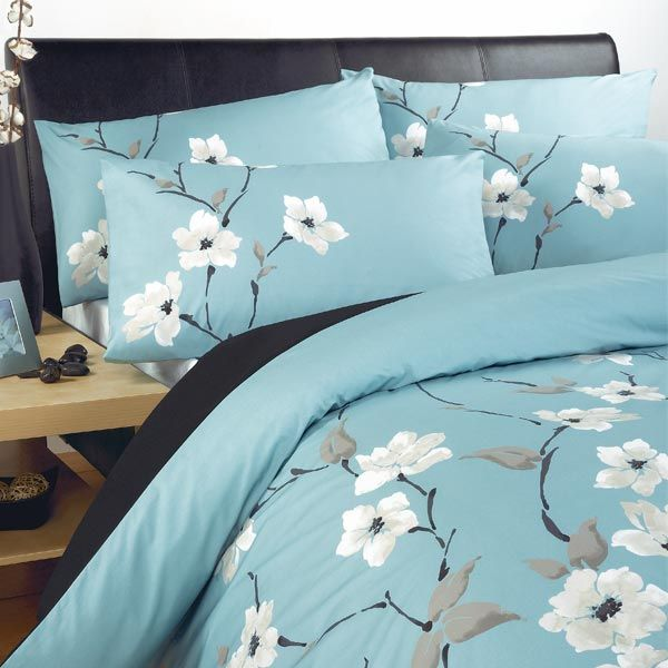 This aqua Chi Chi Duvet Cover is an elegant set with an intricate ... : aqua king quilt - Adamdwight.com