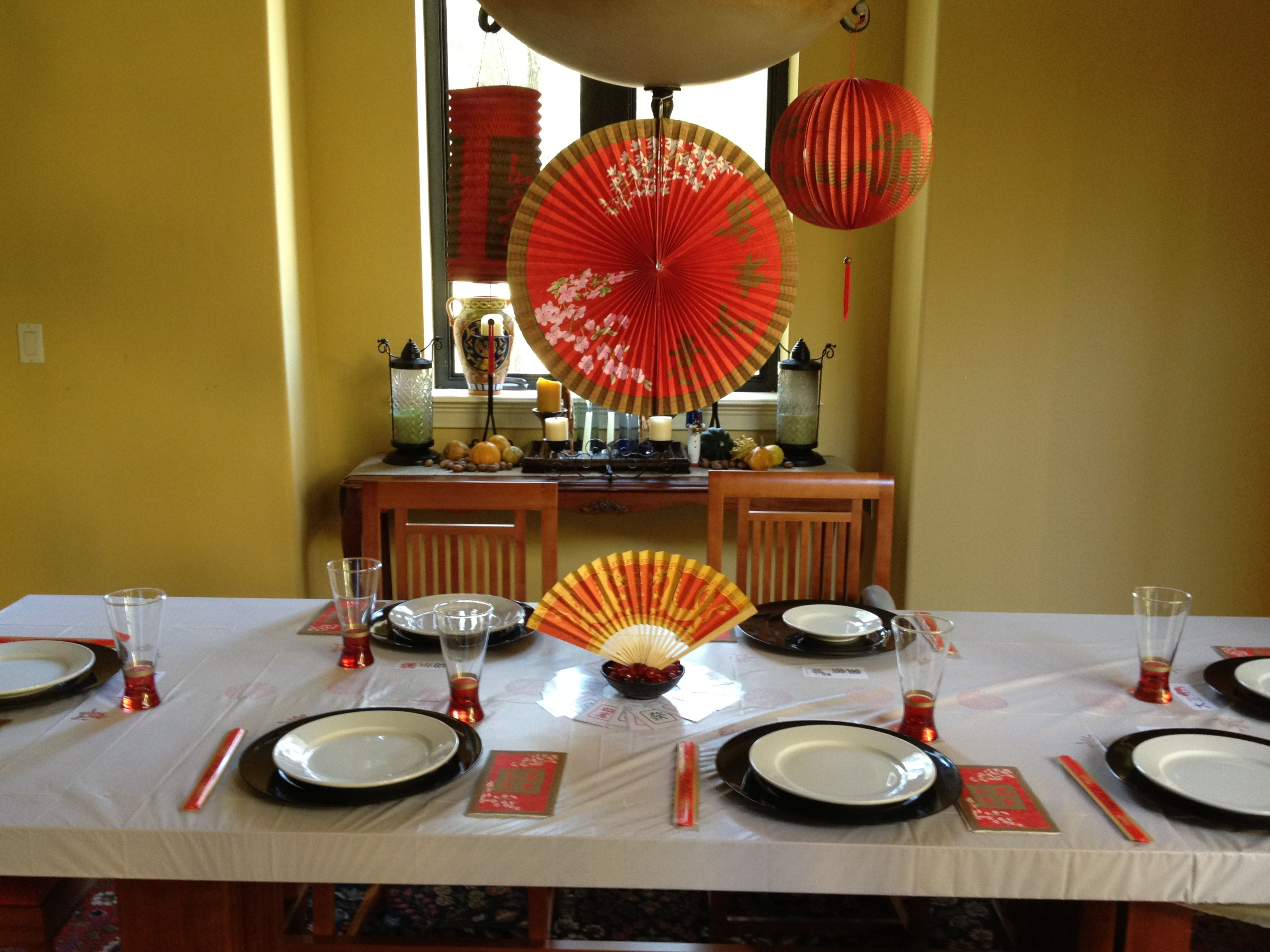 Chinese New Year table decor New year table, Table