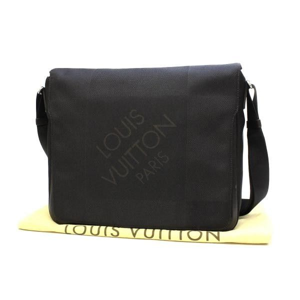 Louis Vuitton Messager Damier Geant Cross body bags Black Canvas M93032