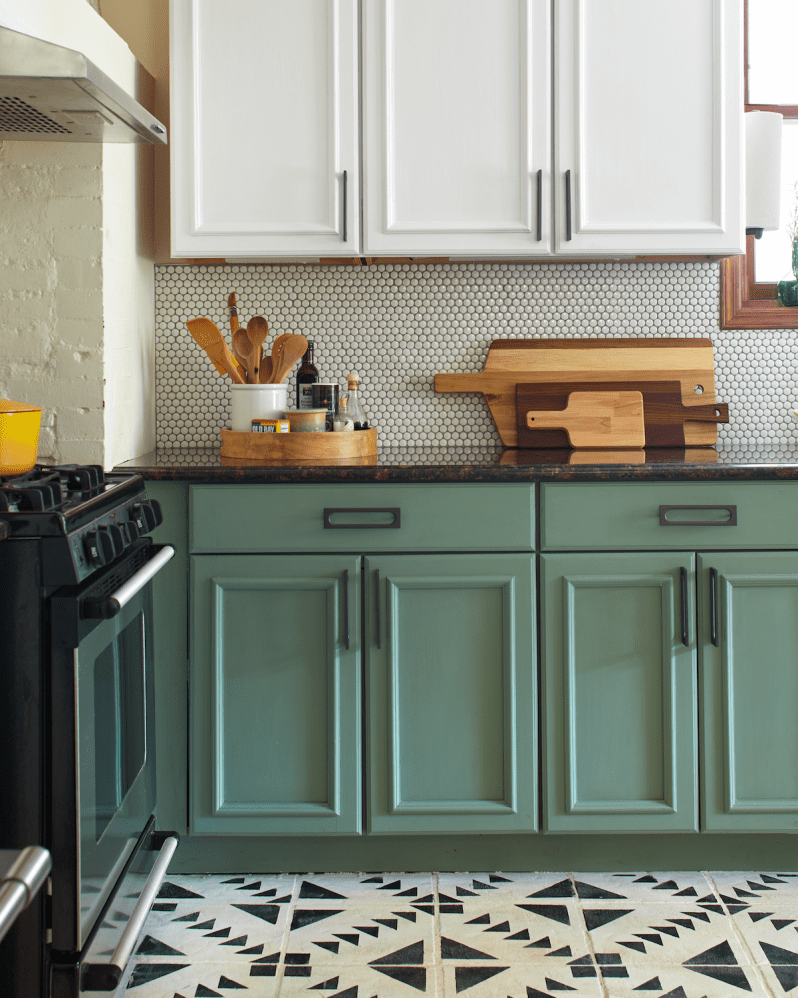 I Painted My Entire Kitchen with Chalk Paint | Knotty pine ...