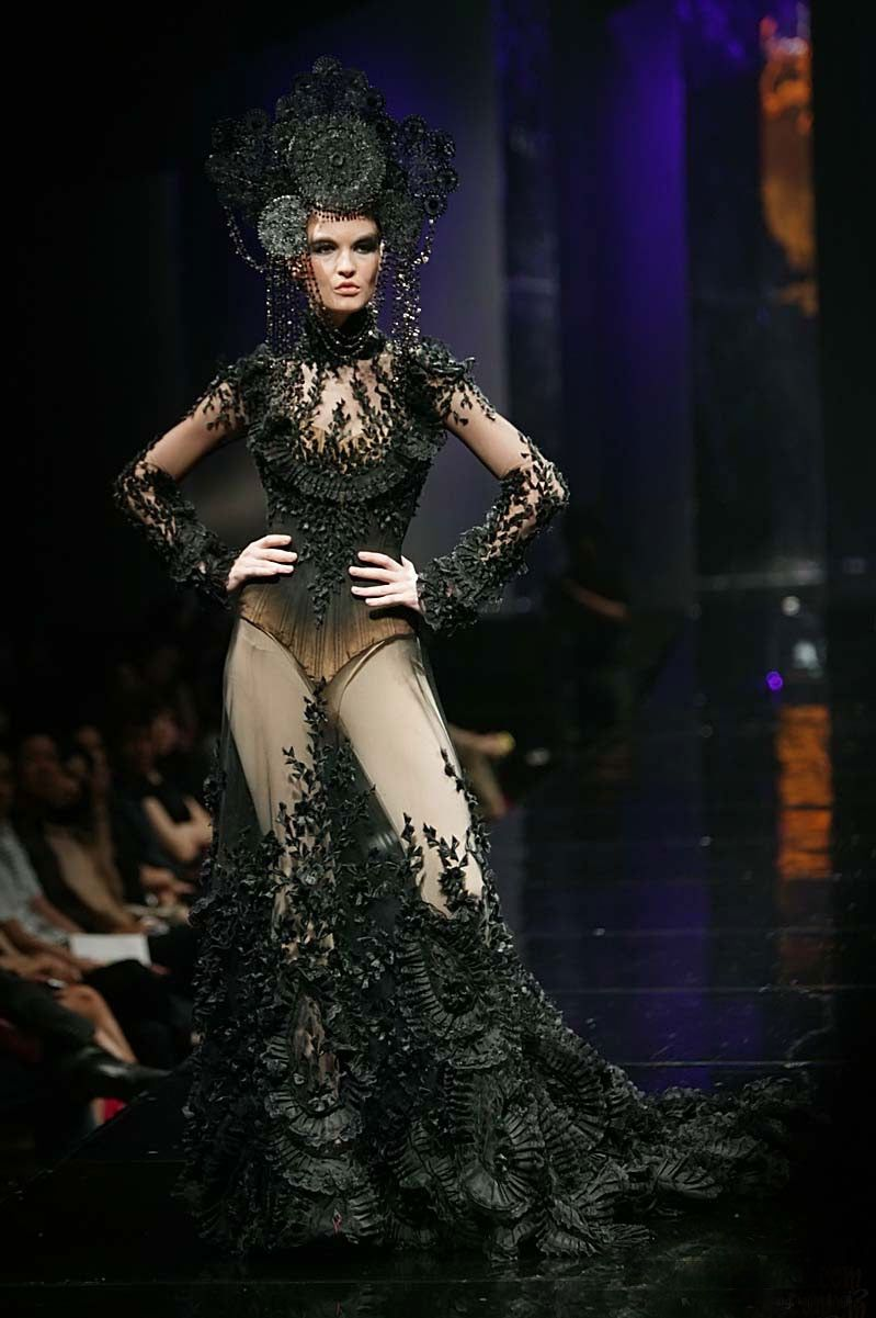 purrsz: Avant Garde meets lingerie Gothic. ~ Haute couture ...