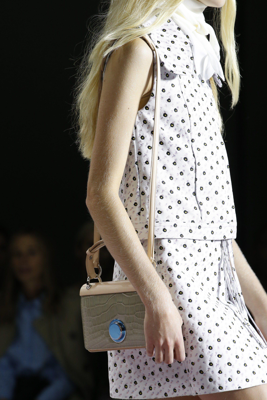 Giambattista Valli Spring 2016 Ready-to-Wear Accessories Photos - Vogue