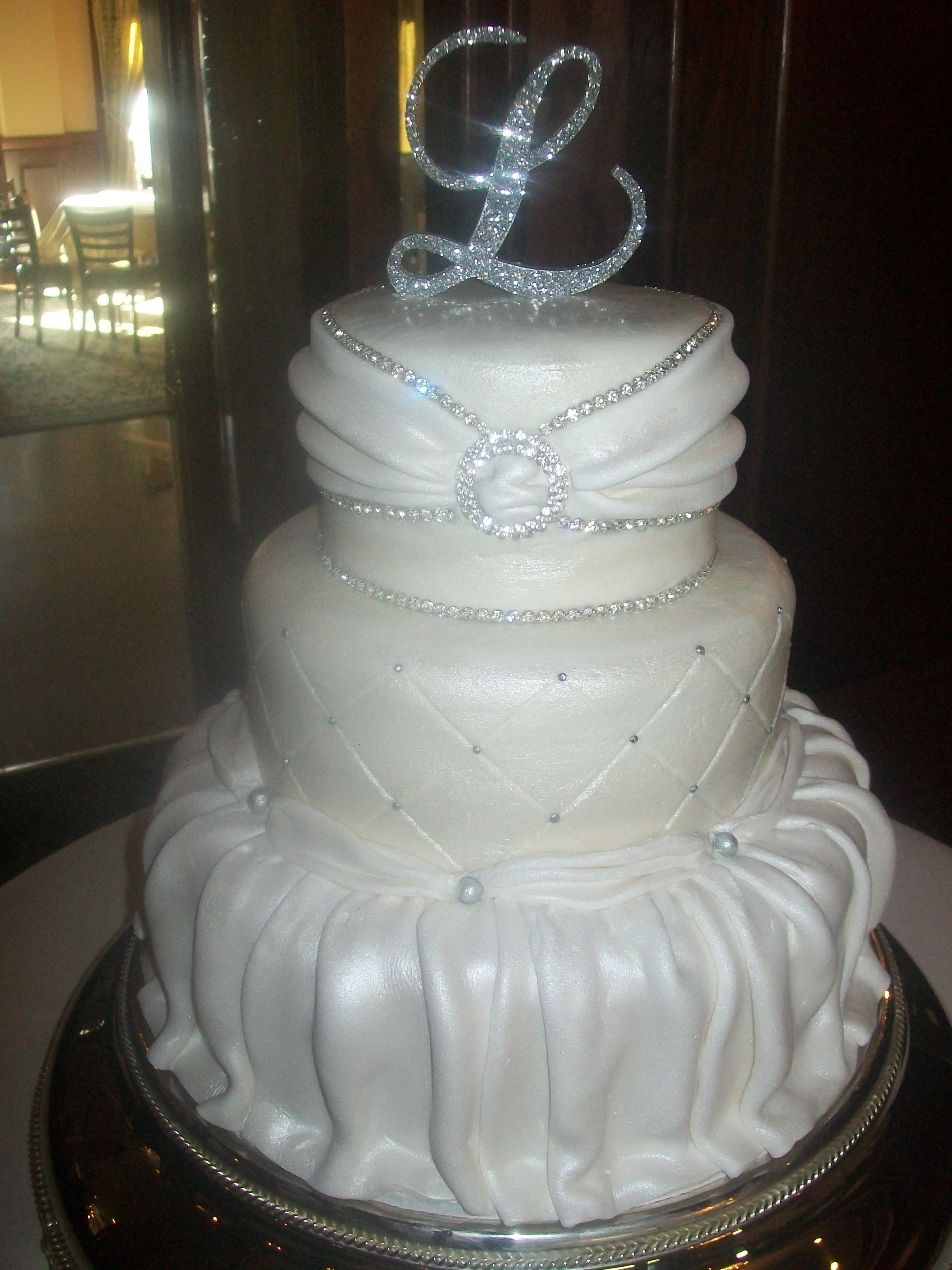 wedding dress cake. elegant 3 tier   Wedding Cakes By Jill\'s Cake ...