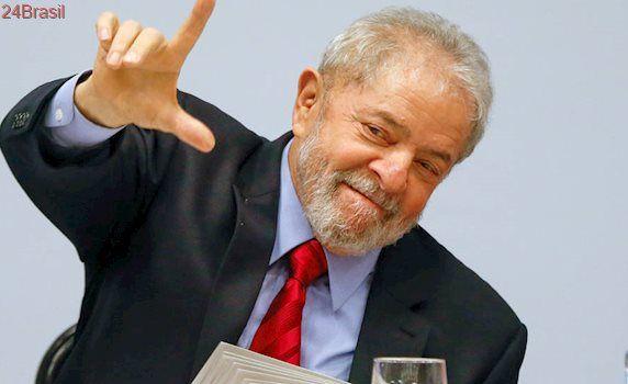 Pesquisa Do Datafolha Lula Amplia Lideranca Em 2018 Bolsonaro E