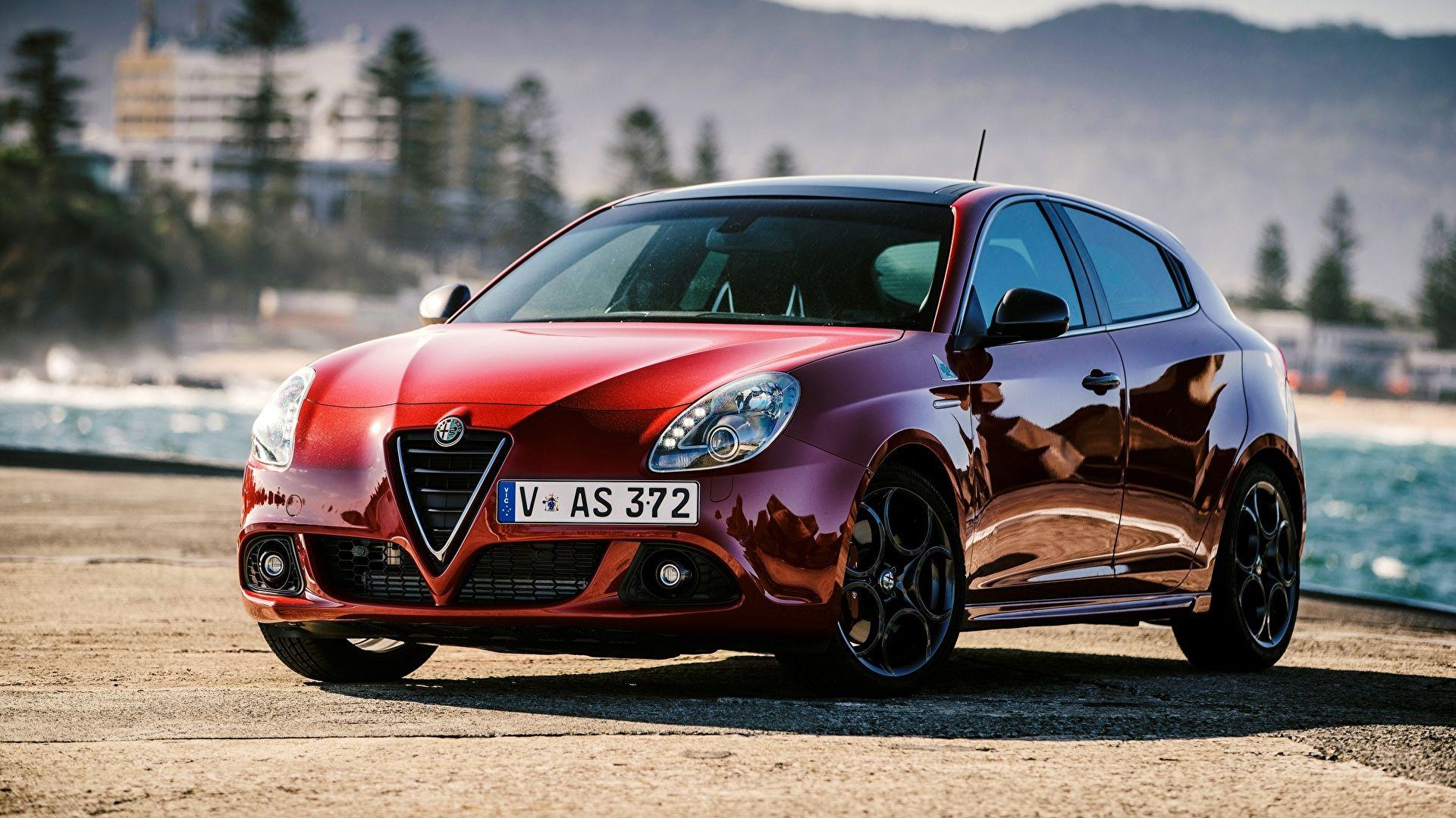 Free Download Alfa Romeo Giulietta Quadrifoglio Verde